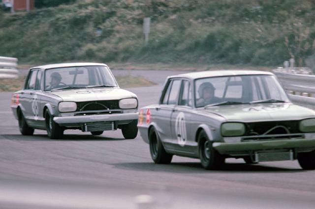 画像: 1969年2月に発売されると同時にGT-Rはレース活動を開始。そしてレースデビュー後3カ月のJAFグランプリで1勝目をあげた。71年からはHTのGT-Rが活躍し、破竹の49連勝を達成した。