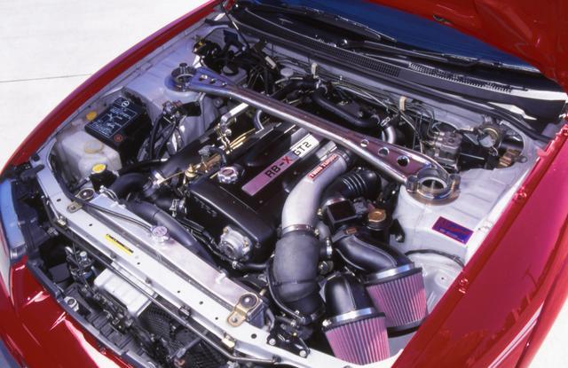 画像: 「RB-X GT2」と名付けられた専用エンジンは排気量アップはもちろん、N1仕様メタルタービン、低背圧触媒、メタルヘッドガスケットほかレースからのフィードバックされた技術がテンコ盛り。