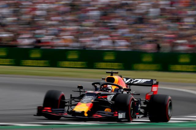 画像: 2番手に迫る速さを発揮したレッドブル・ホンダのマックス・フェルスタッペン。セバスチャン・ヴェッテル(フェラーリ)との不運な接触もあって5位に終わった。