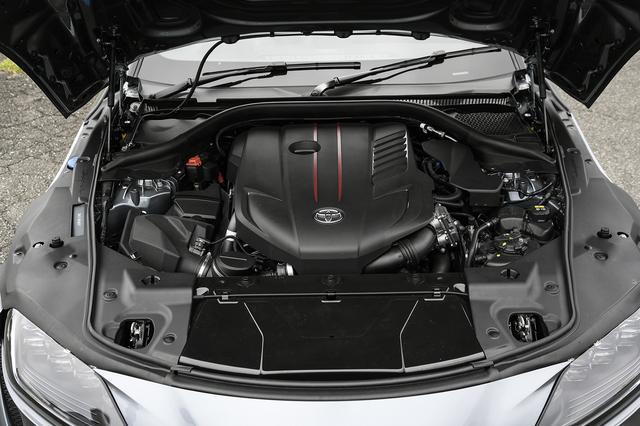 画像: 直6ターボの他に出力の違う2種類の直4ターボエンジンを揃える。
