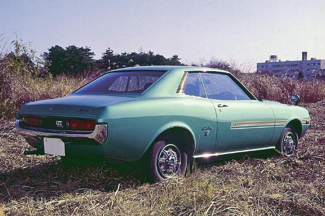 画像: スペシャリティカーというジャンルは、すでにアメリカでは当時確立されていたが、それを日本に持ち込んだのはセリカだった。