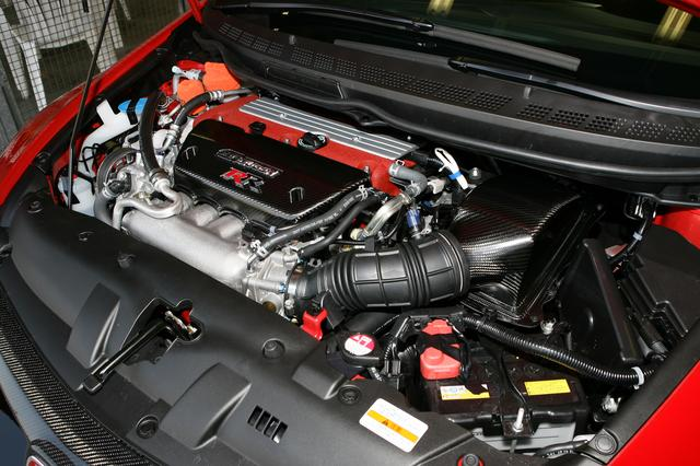 画像: ワンメイクレース用のエンジンと並行開発されたK20A型はノーマル比+15ps。専用開発パーツがどっさり!
