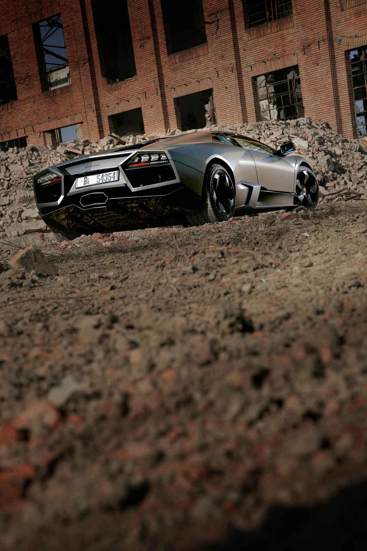 Images : 8番目の画像 - ランボルギーニ レヴェントン  Lamborghini Reventón (2007) - Webモーターマガジン