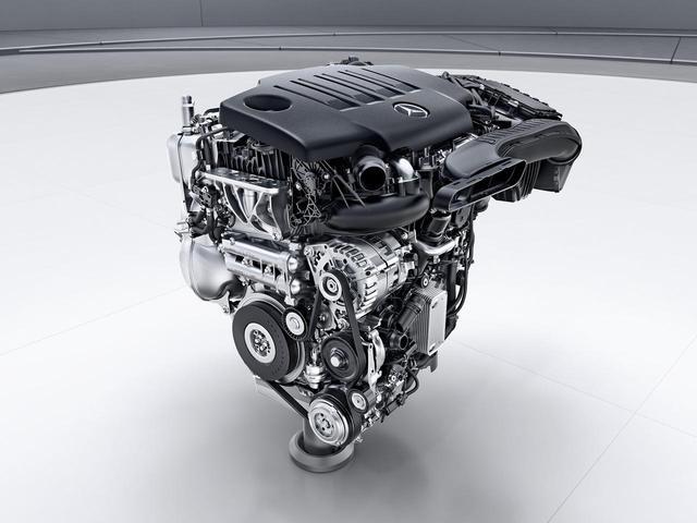 画像: OM654q型は、2L直4ディーゼルターボエンジン。2016年にEクラスから採用されたOM654を横置きにしたのがq型だ。