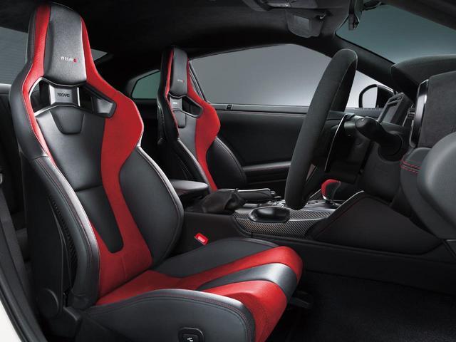 画像: 日産 GT-R NISMO 2020年モデル用に新開発されたRECAROのシート。