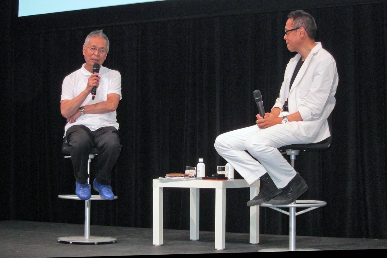 画像: バウハウスとアウディをテーマにデザインを語り合う二人のトークは、時間が許せばもっと続いていた…?