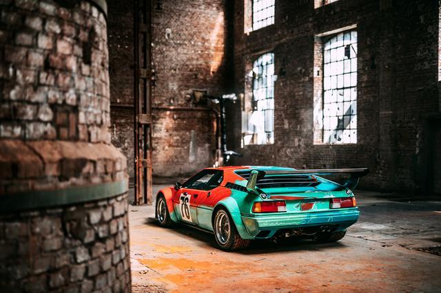 """画像1: 【ニュース】世界一有名なBMW M1のアートカー """"生誕40年""""を祝い最新ショットを公開"""
