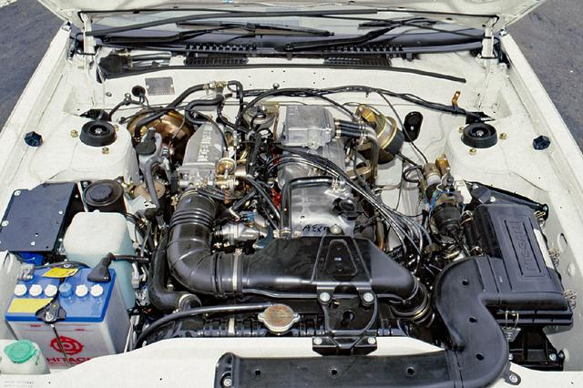画像: シルビアとしては初めての2LエンジンのZ20E。ツインプラグの4気筒Z型エンジンとしては最大級のもので、シルビアが初搭載。