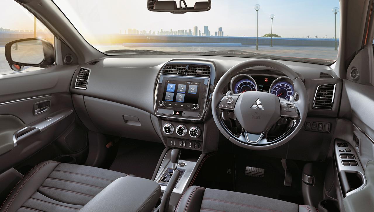 画像: G 4WD のインテリア。カーナビはオプション。