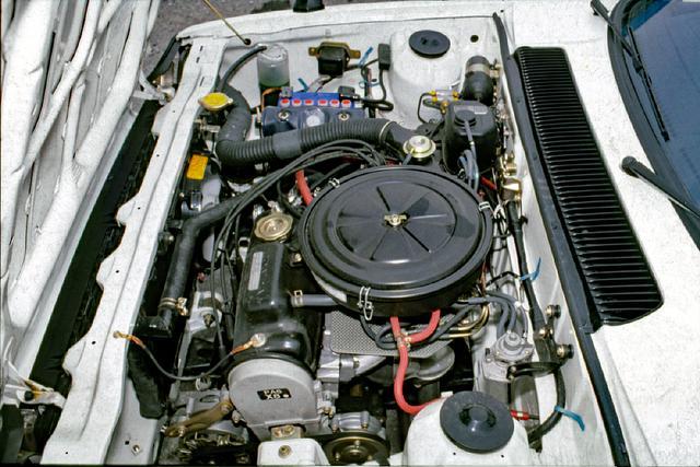 画像: CX用のEM型エンジンは他の1.5Lモデルのものよりバルブタイミングを変更して85psとしている。