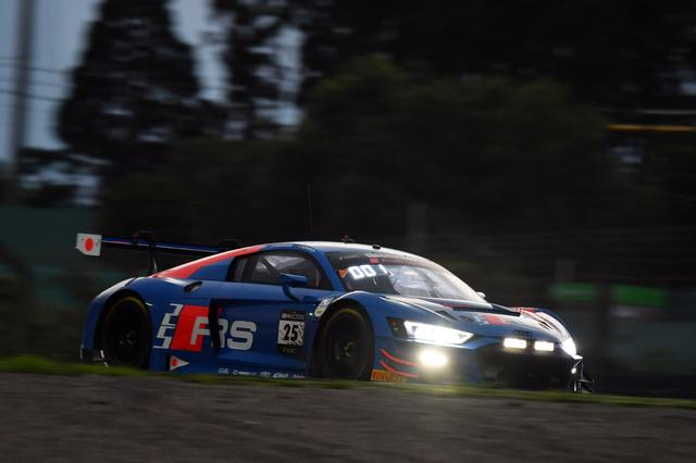 画像4: RSモデル25周年記念カラーのアウディR8 LMSが完勝!KCMG GT-Rが総合6位【鈴鹿10時間耐久レース】