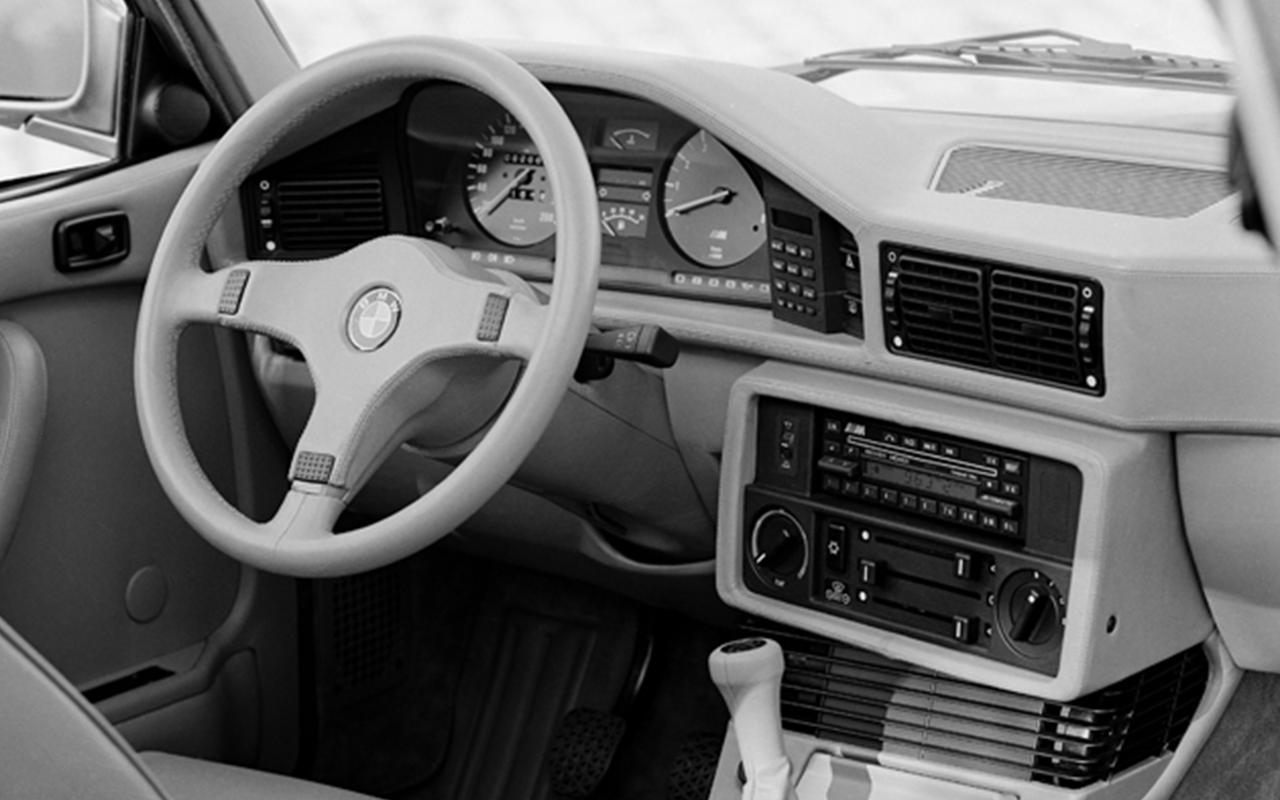 Images : 8番目の画像 - 初代BMW M5(E28) - Webモーターマガジン