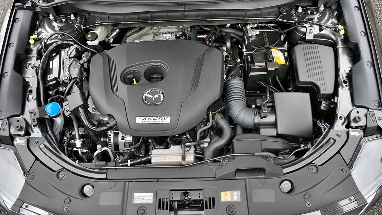 画像: 一部改良時にラインアップされた2.5L直4DOHCターボエンジン。最高出力230ps、最大トルク420ps。