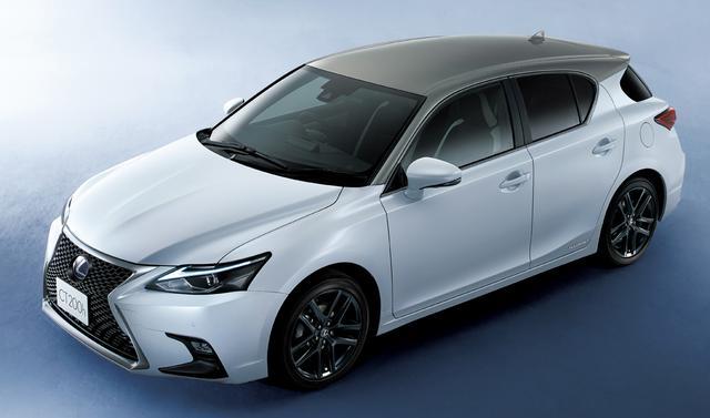 画像: 先代プリウスをベースに2011年に発売されたレクサスCTの販売終了も近い。実質的な後継車はレクサスUXか。