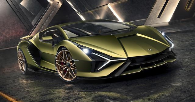 画像: 次世代を見据えて開発された「シアン」。コンセプトカーのテルツォミッレニオの影響も随所に見られる。