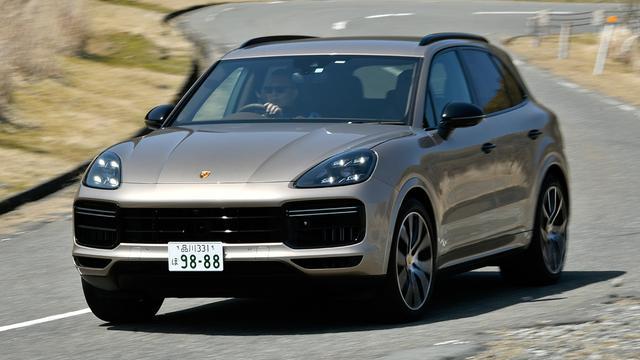 画像: 最高速度286km/h、0-100km/h加速4.1秒(スポーツクロノパッケージ装着車は3.9秒)のポテンシャルを有するカイエンターボ。