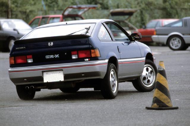 画像: 小回り性の高いボディで、ジムカーナなどのモータースポーツでも活躍した。