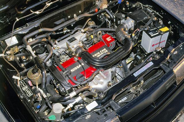 画像: 日産初の1.6LツインカムとなったCA16DEを搭載。このエンジンを得て、RZ-1もスポーティカーらしくなる。