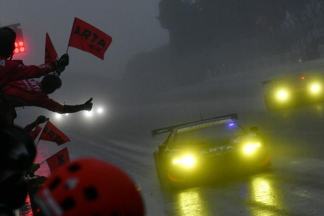 画像1: NSX GT3の初勝利
