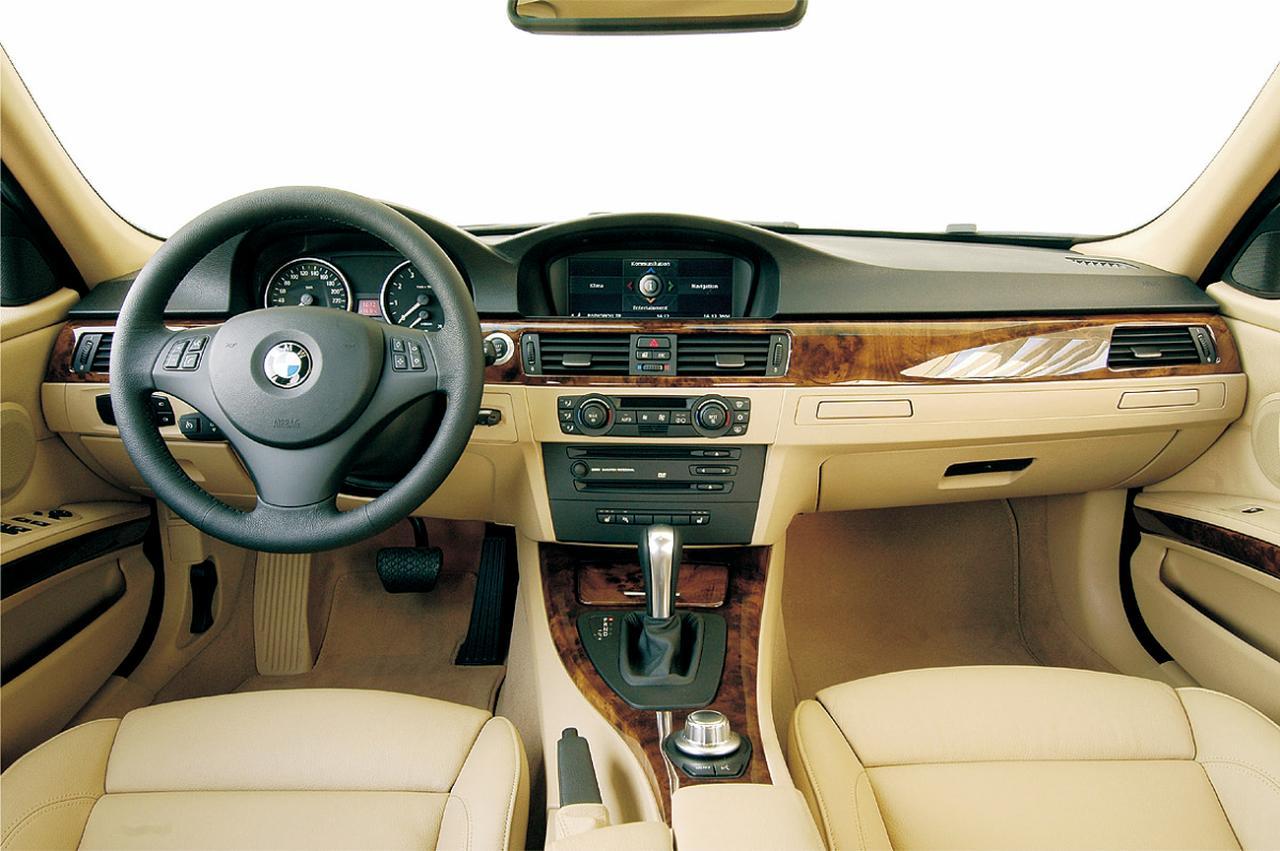 Images : 7番目の画像 - E90型BMW 3シリーズ(2005年) - Webモーターマガジン
