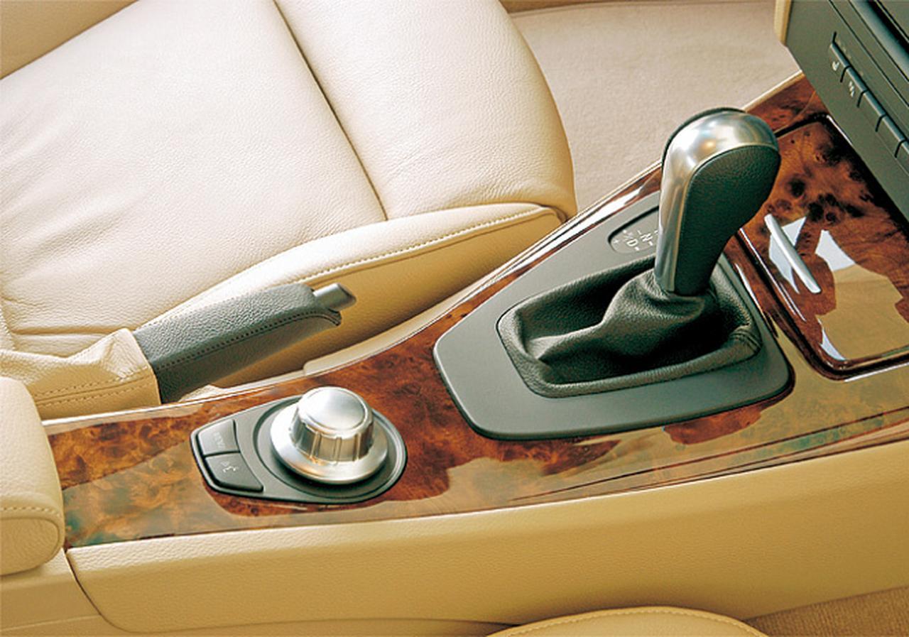 Images : 8番目の画像 - E90型BMW 3シリーズ(2005年) - Webモーターマガジン