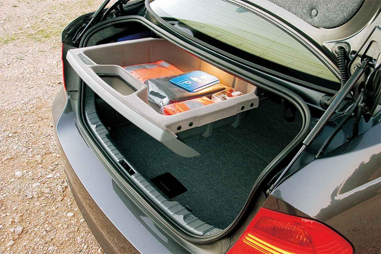 Images : 12番目の画像 - E90型BMW 3シリーズ(2005年) - Webモーターマガジン