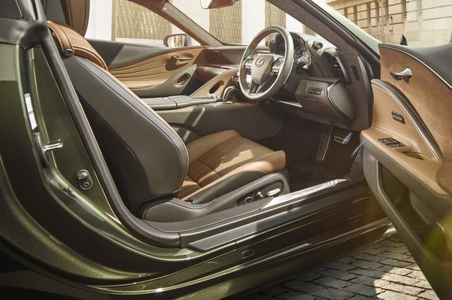 画像: 特別仕様車専用内装色のパティーナブラウン