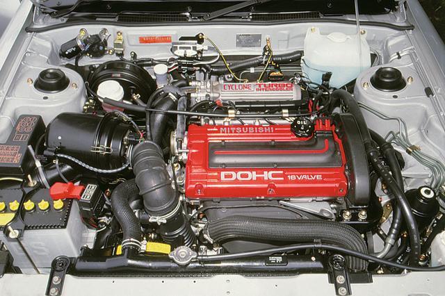 画像: 4G63インタークーラーターボは最高出力205ps、最大トルクは30.0kgmというスペック。低速からトルクフルで、ターボエンジンとしては扱いやすい特性だった。