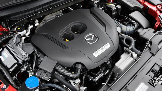 画像: 2018年の改良で導入された2.5L直4DOHC直噴ターボエンジン(最高出力230ps/最大トルク420Nm)。