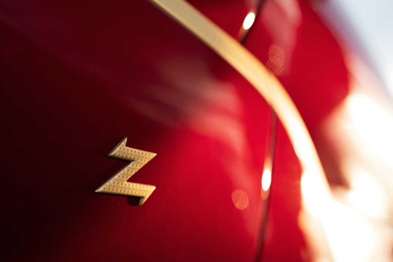 Images : 12番目の画像 - アストンマーティン DBZ センテナリーコレクション - LAWRENCE - Motorcycle x Cars + α = Your Life.