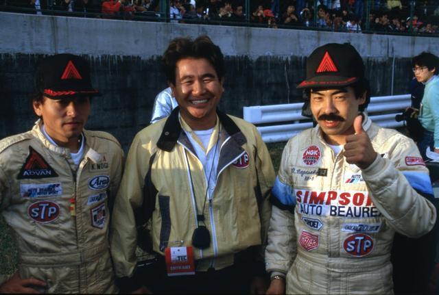 画像: オートビューレックが持ち込んだハルトゲBMW635CSiは長坂尚樹(右)、茂木和男(左)の両ドライバーにより1985年の全日本ツーリングカー選手権のチャンピオンとなった。