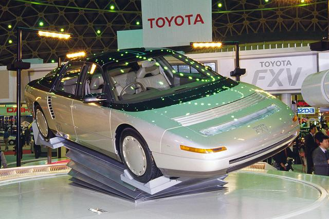 画像: アドバンスド スポーティ4WDサルーンと謳った、トヨタ FXV。