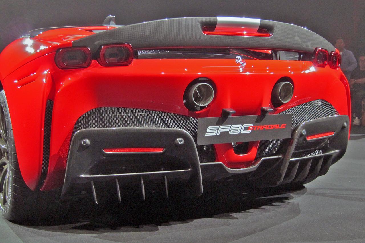 Images : 12番目の画像 - フェラーリ SF90ストラダーレ - Webモーターマガジン