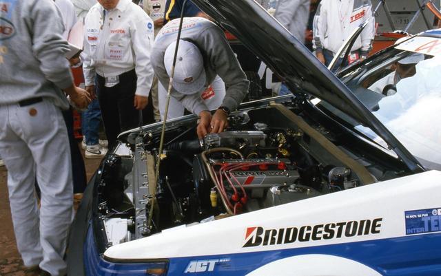 画像: エンジンは見慣れた4A-GEUだが、カムプロファイルの変更やECUのチューニングで175PS程度までアップしていた。