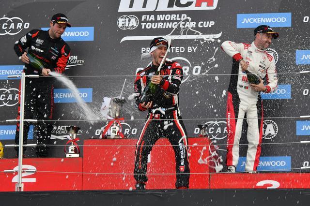 画像4: グエリエリがRace1を完全制覇! 【FIA WTCR Rd08 RACE OF JAPAN】