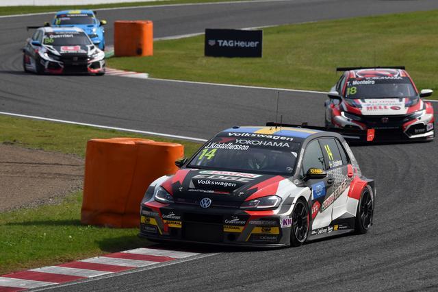 画像2: RACE3はVW Golf GTI TCRがポールポジション