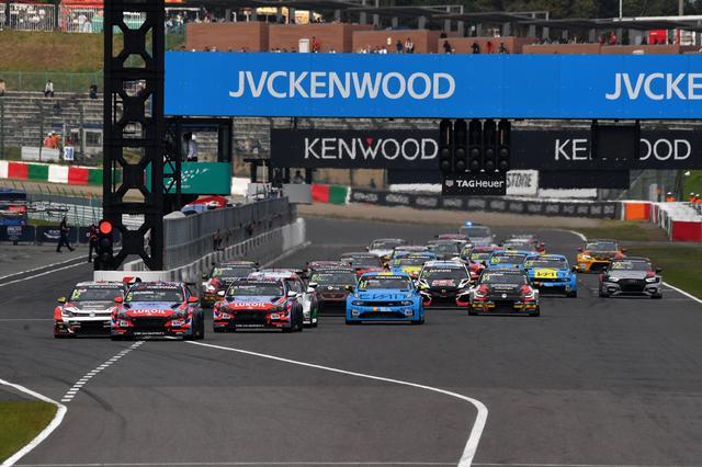 画像1: RACE2のポールはHyundai i30 N TCR