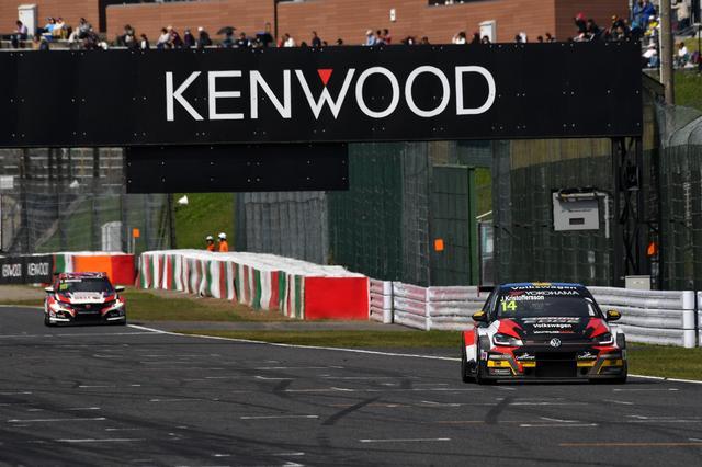 画像3: RACE3はVW Golf GTI TCRがポールポジション