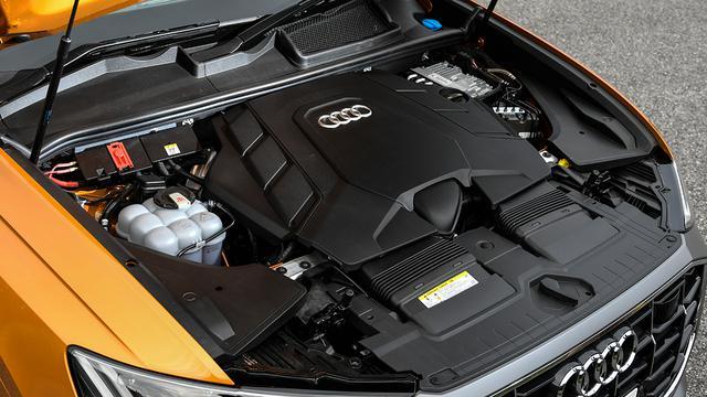 画像: 340psを発生する3L V6ターボエンジンに48V電源によるマイルドハイブリッドを搭載。これにアウディお得意の4WDクワトロを組み合わされる。