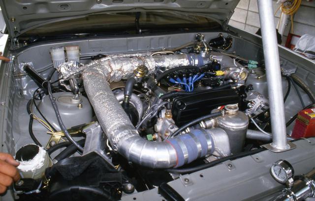 画像: スポーツランド菅生に登場したスープラのエンジンはグループA規定のチューニングで380ps程度を発生していた。