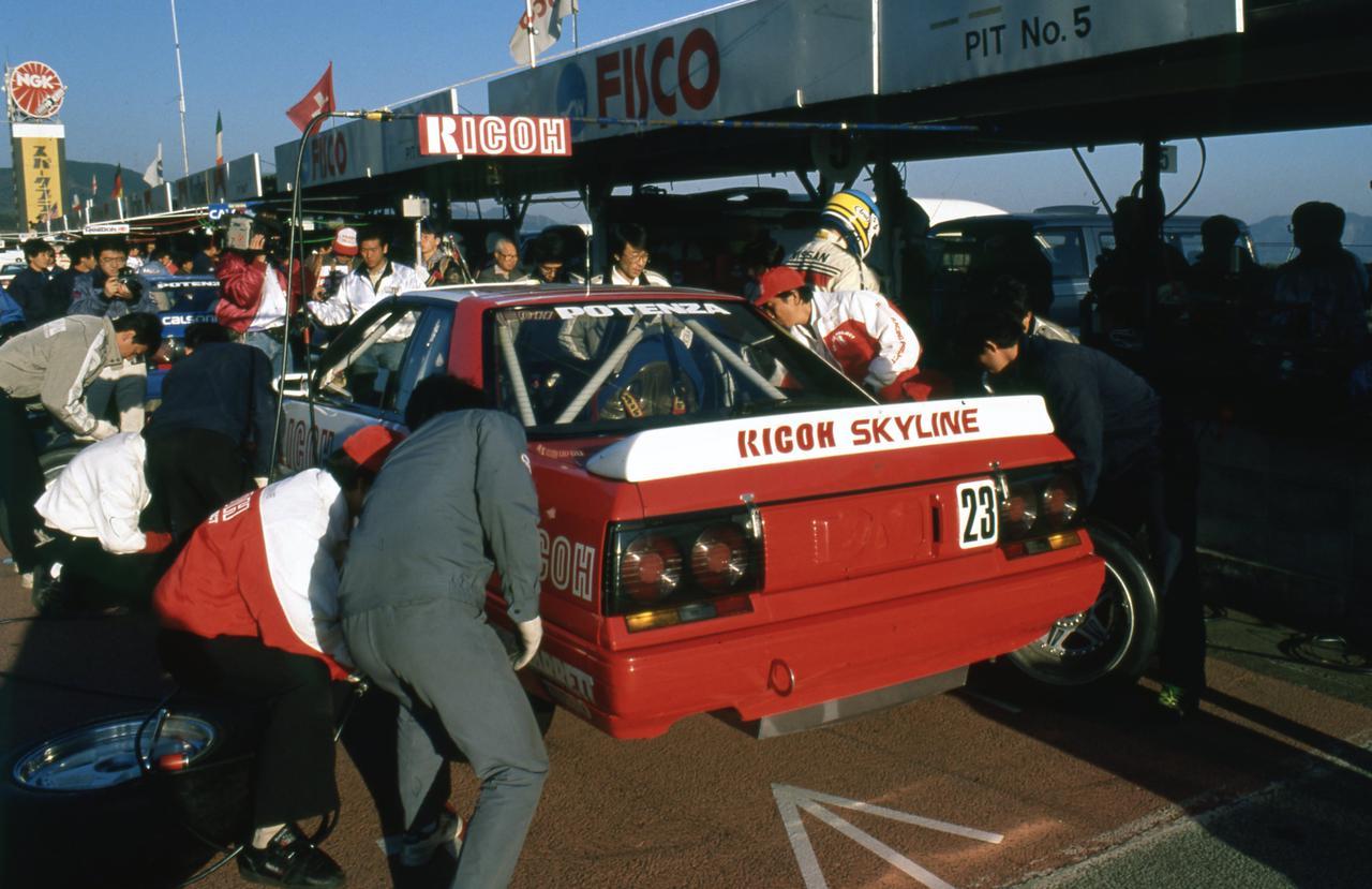 Images : 3番目の画像 - 1988年のインターテックを走るスカイラインGTS-R - Webモーターマガジン