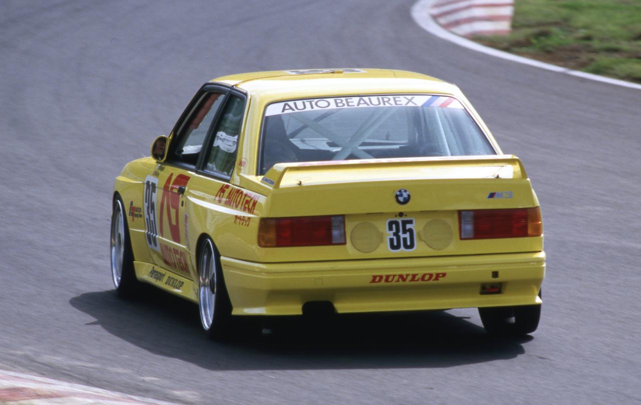Images : 2番目の画像 - 1987年の全日本ツーリングカー選手権にデビューしたオートテックM3 - Webモーターマガジン
