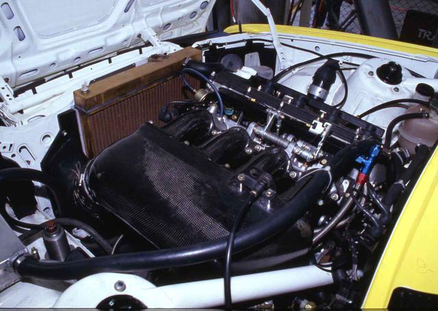 画像: 搭載されるエンジンはS14型2.3L直4DOHC。グループA仕様で300psを発生。後のスポーツエボリューションでは2.5Lにスープアップされる。