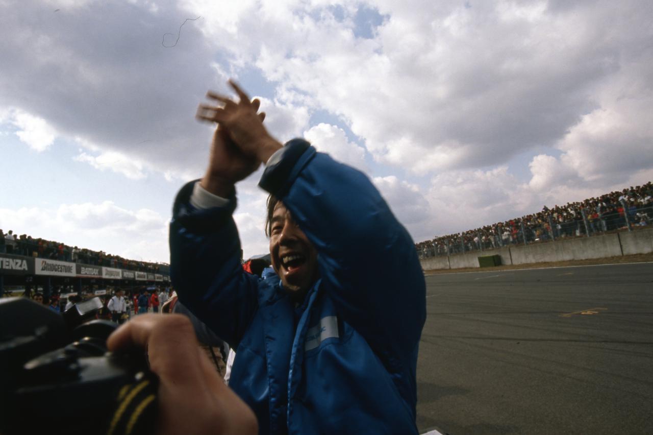 Images : 9番目の画像 - 1990年の全日本ツーリングカーでデビューしたスカイラインGT-R - Webモーターマガジン