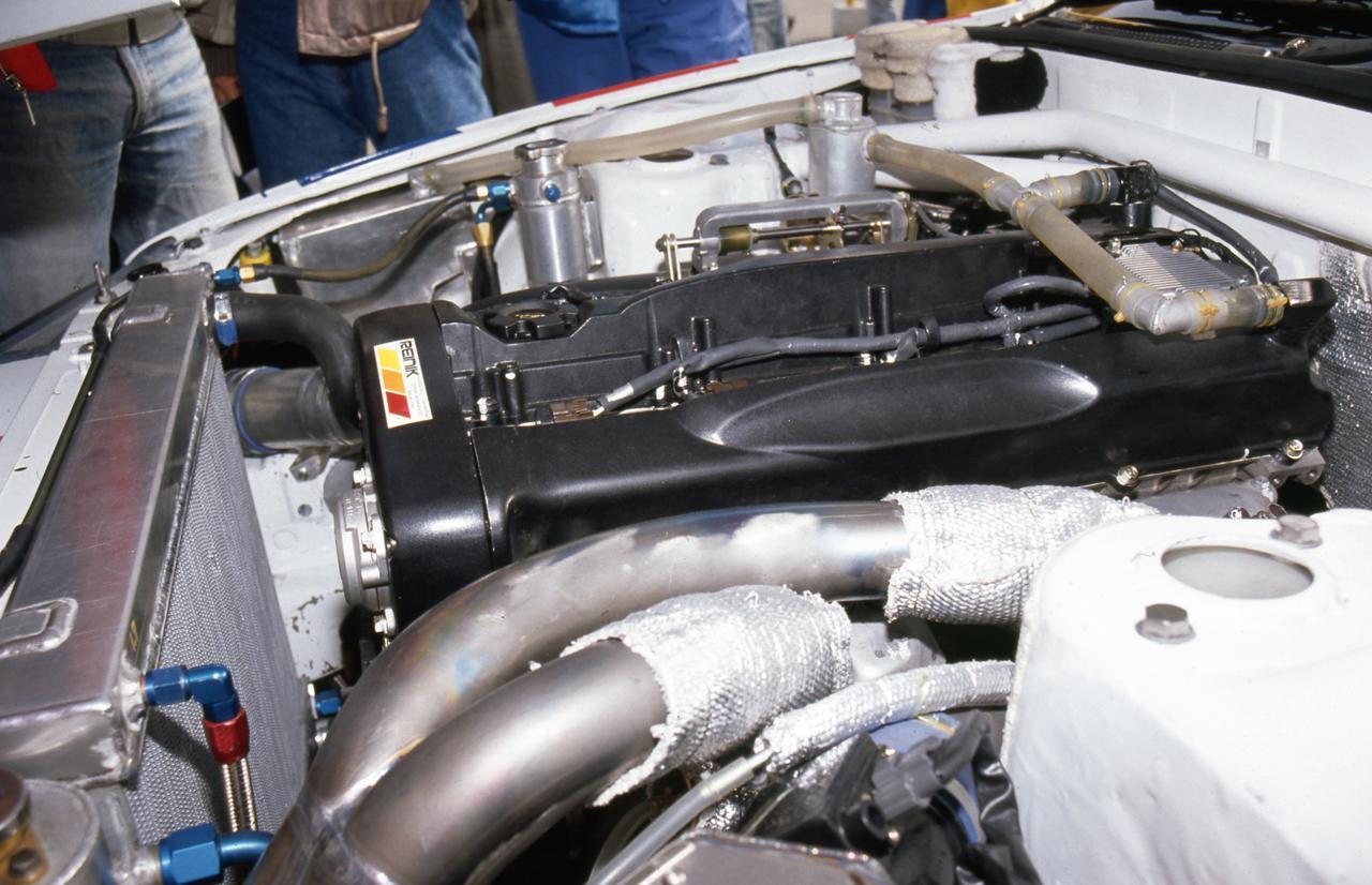 Images : 3番目の画像 - 1990年の全日本ツーリングカーでデビューしたスカイラインGT-R - Webモーターマガジン