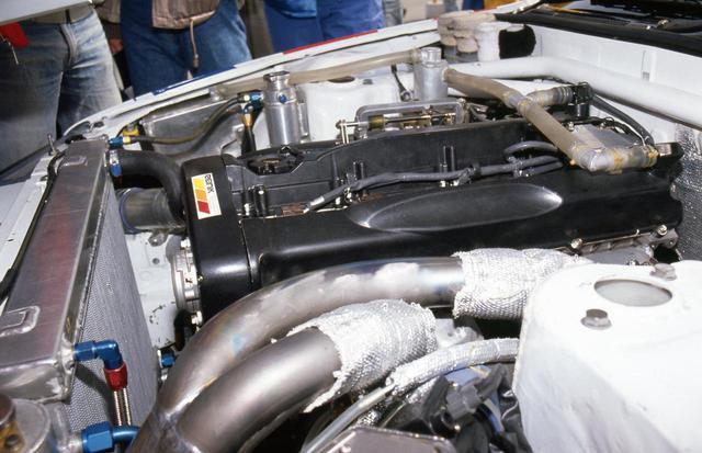 画像: RB26DETTはグループAのディビジョン1を有利に闘うために排気量も決定されている。フルブーストでは700psも可能とも言われた強心臓だ。