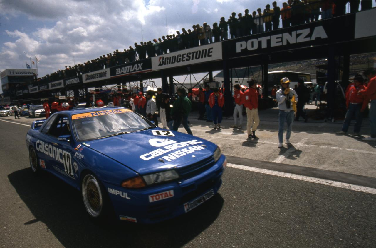 Images : 4番目の画像 - 1990年の全日本ツーリングカーでデビューしたスカイラインGT-R - Webモーターマガジン