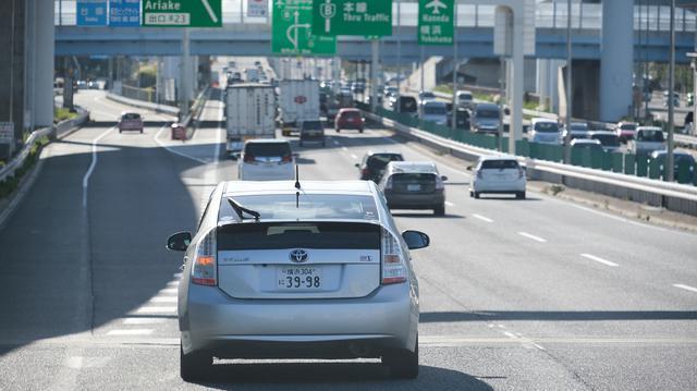 画像: 「首都高ドライブ講座」でのひと幕。首都高を走行するためには、加速のタイミングがポイントとなる。