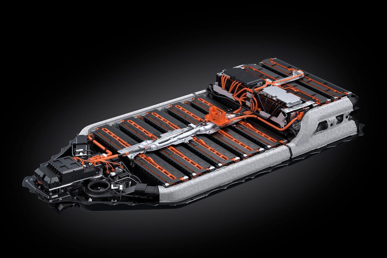 Images : 7番目の画像 - レクサス初の電気自動車「UX300e」の写真アルバム - Webモーターマガジン