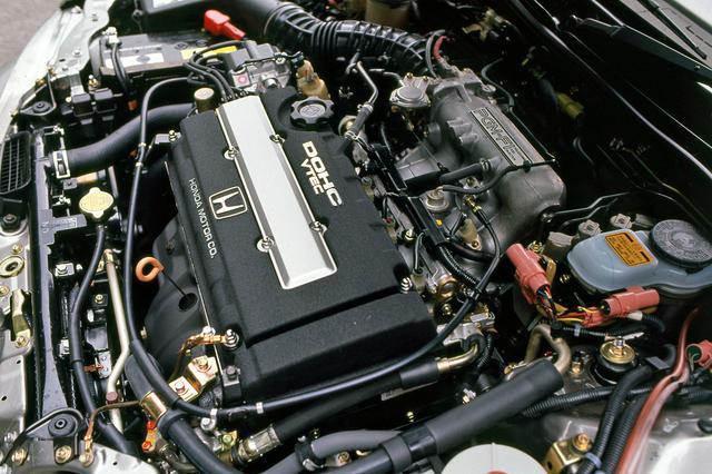 画像: B16A型は高低2種のカムを回転数により切り替え、バルブタイミングとリフト量を変化させるVTECを搭載した。